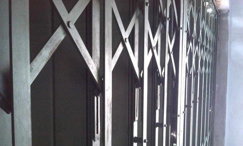 Pintu Garasi Anti Maling, Kuat dan Tahan Lama | Call 0857-4654-4035 | Putraharmonika.com